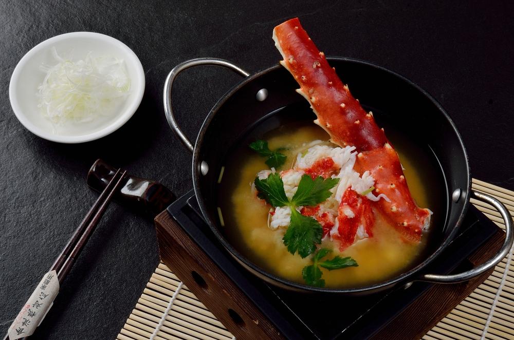 私が好きなのは蟹の味噌汁。味噌とカニは最高に合う!