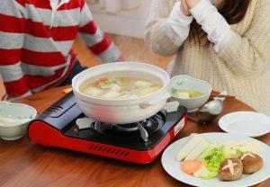 野菜たっぷり手作り鍋。本当に美味しい身体にいい健康的な鍋を食べたいなと思っています。
