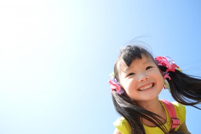 つまらない時こそ笑ってみよう!笑うことで癌細胞が消えたという例もあるそうです。「心から笑う」ことでNK(ナチュラルキラー)細胞を増やすことで結果として癌細胞を殺すことができるということ。