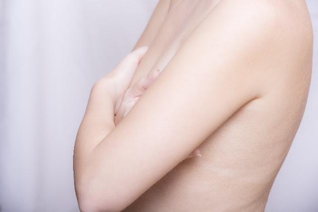男にはない魅力!大きさに関係なく、女性の胸は魅力的です。