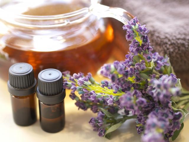プラス思考になりたいのであれば、自分の五感を大切にすること。身近に良い香りのするものを置くとより効果的!