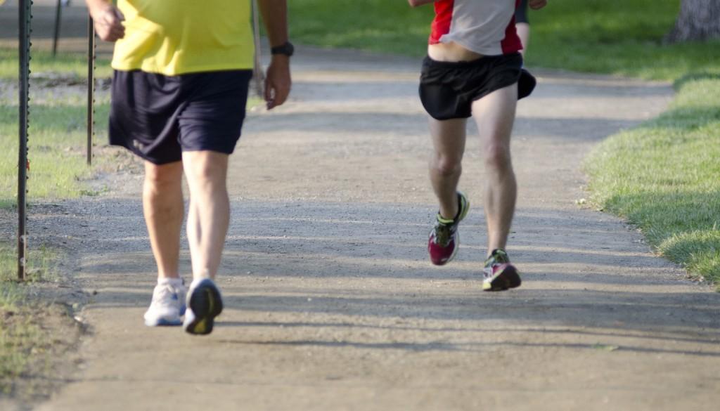 ウォーキングをして、健康維持しないのは損してる?靴選びからこだわる健康法!