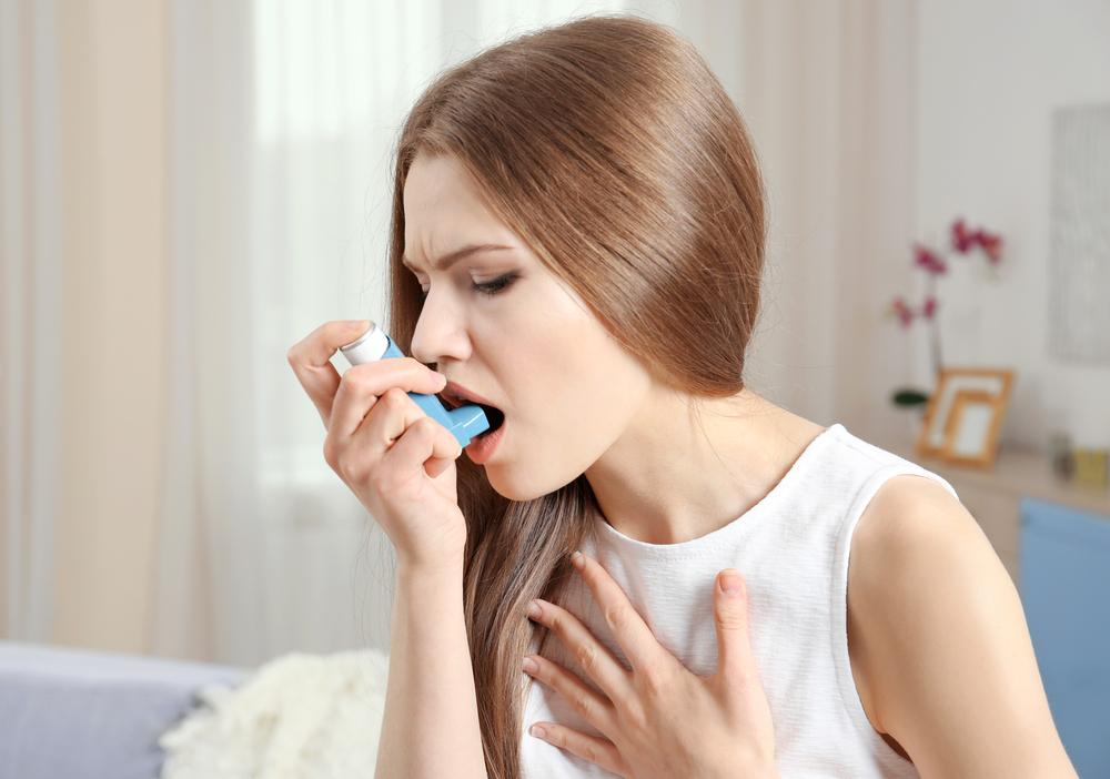 喘息を改善するためには有酸素運動など適度な運動を行ったり、喘息発作の原因となるアレルゲン除去など生活環境を整えることが大切です。