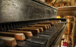 意外と知らないピアノの歴史!ピアノはこうして作られた。