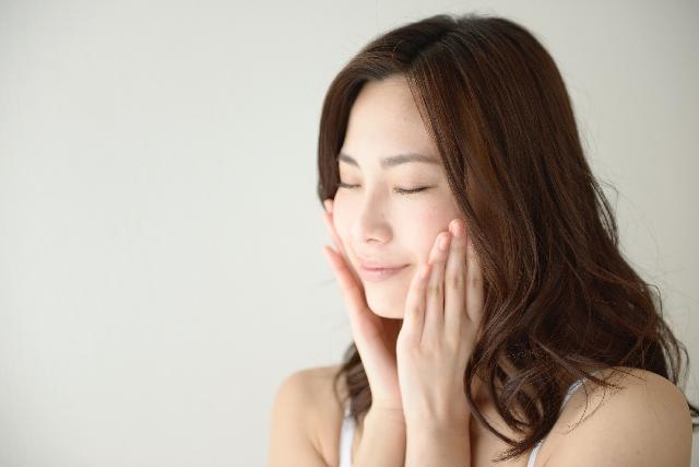 沖縄の泥の力で嫌なニキビとおさらば!美容系ランキング1位!泥洗顔市場1位と実績ある豆乳発酵液配合の石鹸!