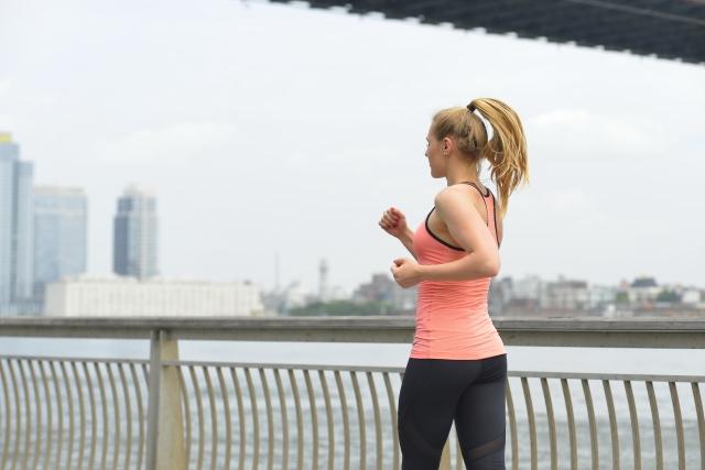 ダイエットには、歩くこととアミノ酸