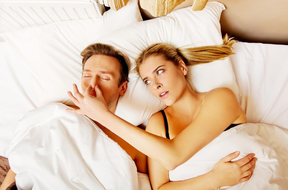 夫のいびきに悩んでいるなら!妻としてできる改善策とは