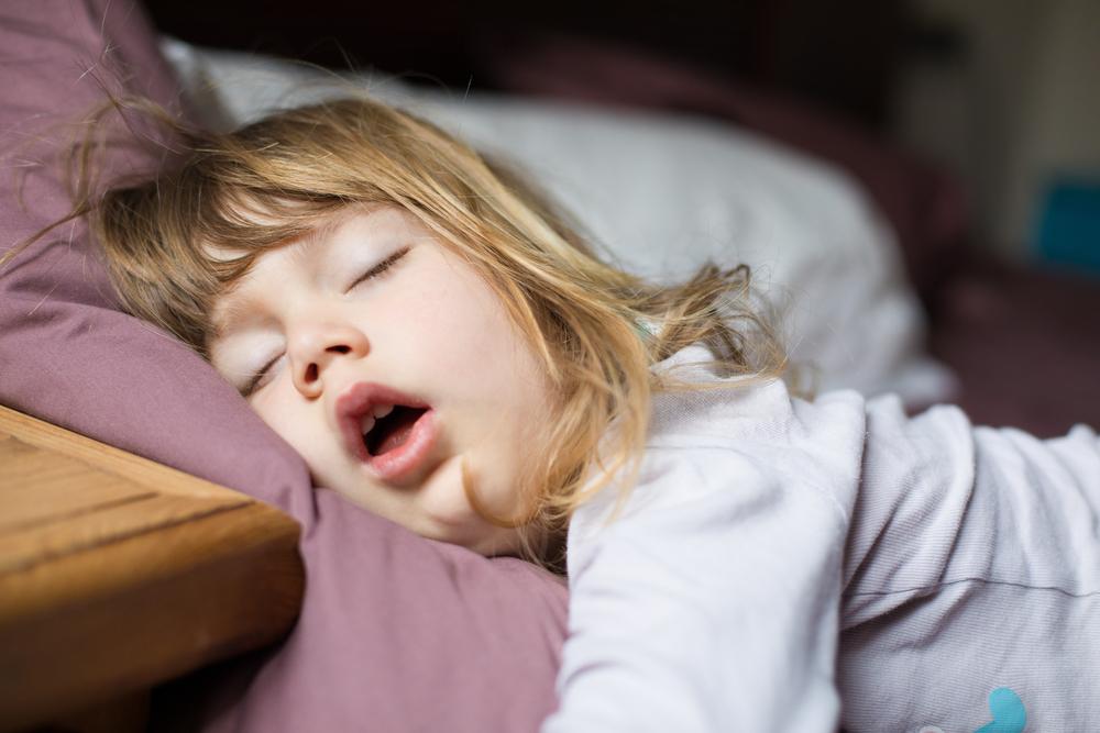 子供のいびきの原因とは?改善するには受診も視野に入れて!