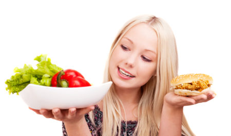 いびき改善に役立つ食べ物ってあるの?食生活の見直しも視野に入れよう