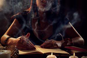 【完全版】占い師になる方法が1から分かる!人から感謝される占い師になるための解説記事