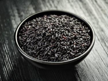ポリフェノール入りの黒米!玄米と混ぜて栄養価値が上がる