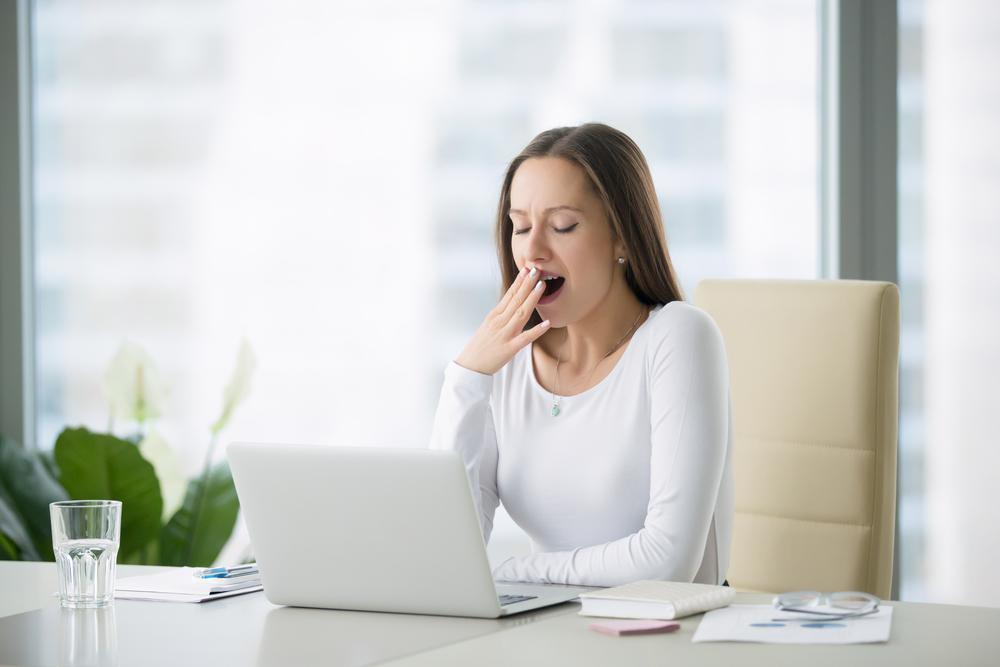 血糖値を下げると眠気が出る?眠気と血糖値の関係